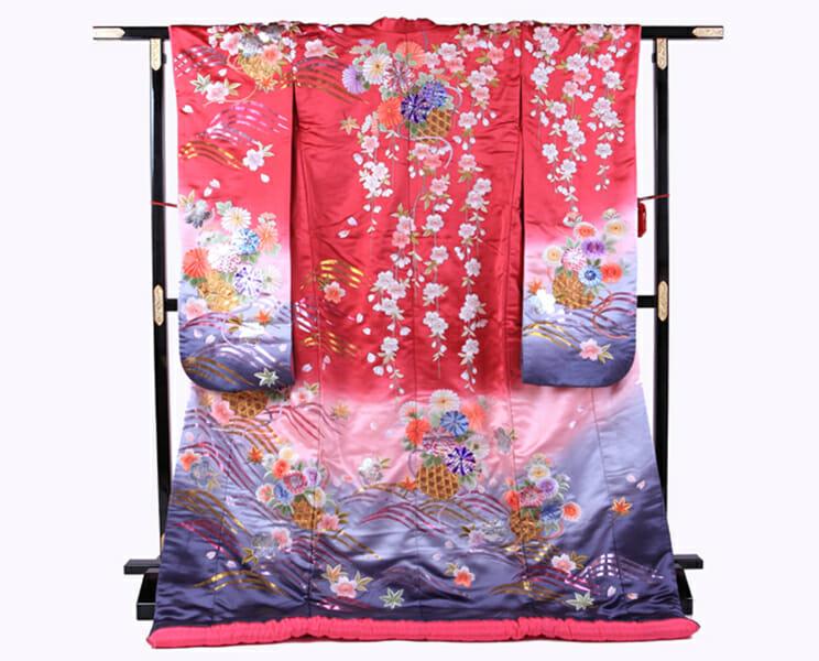 16赤地しだれ桜に菊 [image 1 of 8]