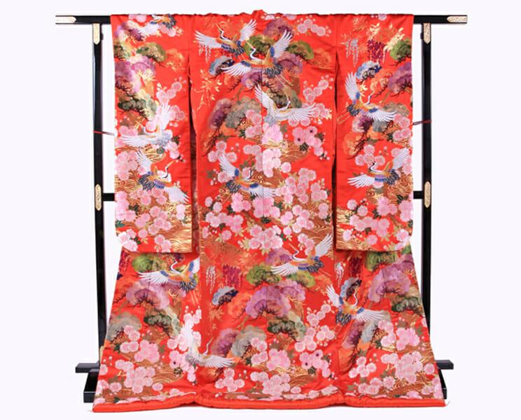17赤地桜に鶴飛翔 [image 1 of 9]