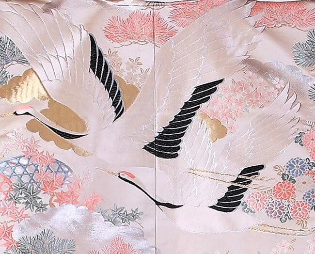 14白地にピンク鶴飛翔 [image 2 of 9]
