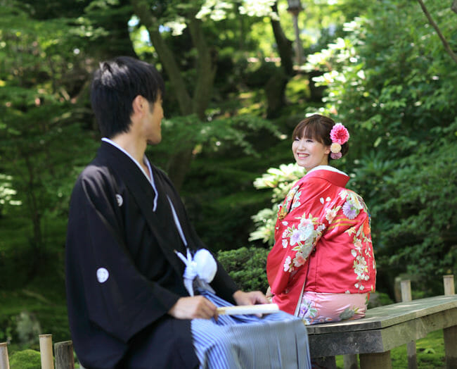 16赤地しだれ桜に菊 [image 7 of 8]
