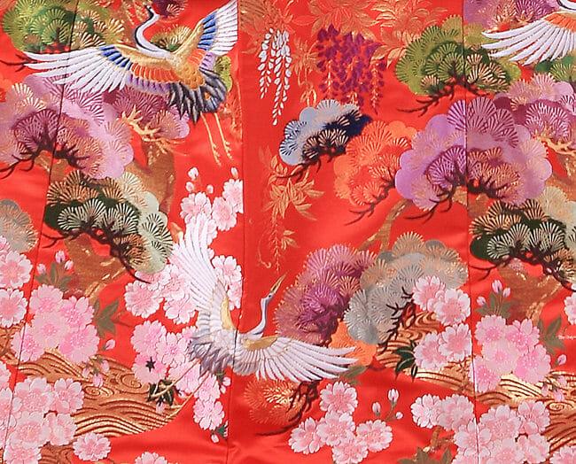 17赤地桜に鶴飛翔 [image 9 of 9]